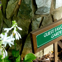Guest Favorites Garden Sign 2016